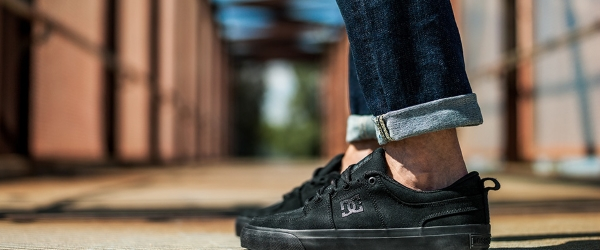 DC Shoes Education Discount